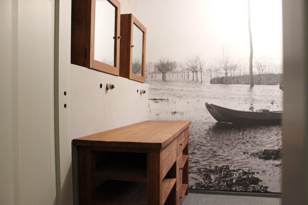 Maatwerk teakhouten badkamer meubelen